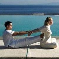 Логотип Путешествия, йога-туры, релакс-туры