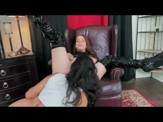 Evelyn Claire, Vanessa Sky - All Her Attention [Lesbian]