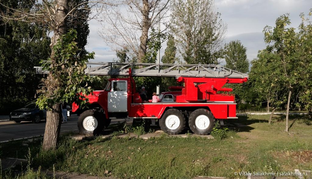 Пожарные машины в Парке Победы, Саратов 2020