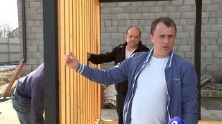 Два новых автобусных павильона в деревянной стилистике изготавливают для Северного района Череповца