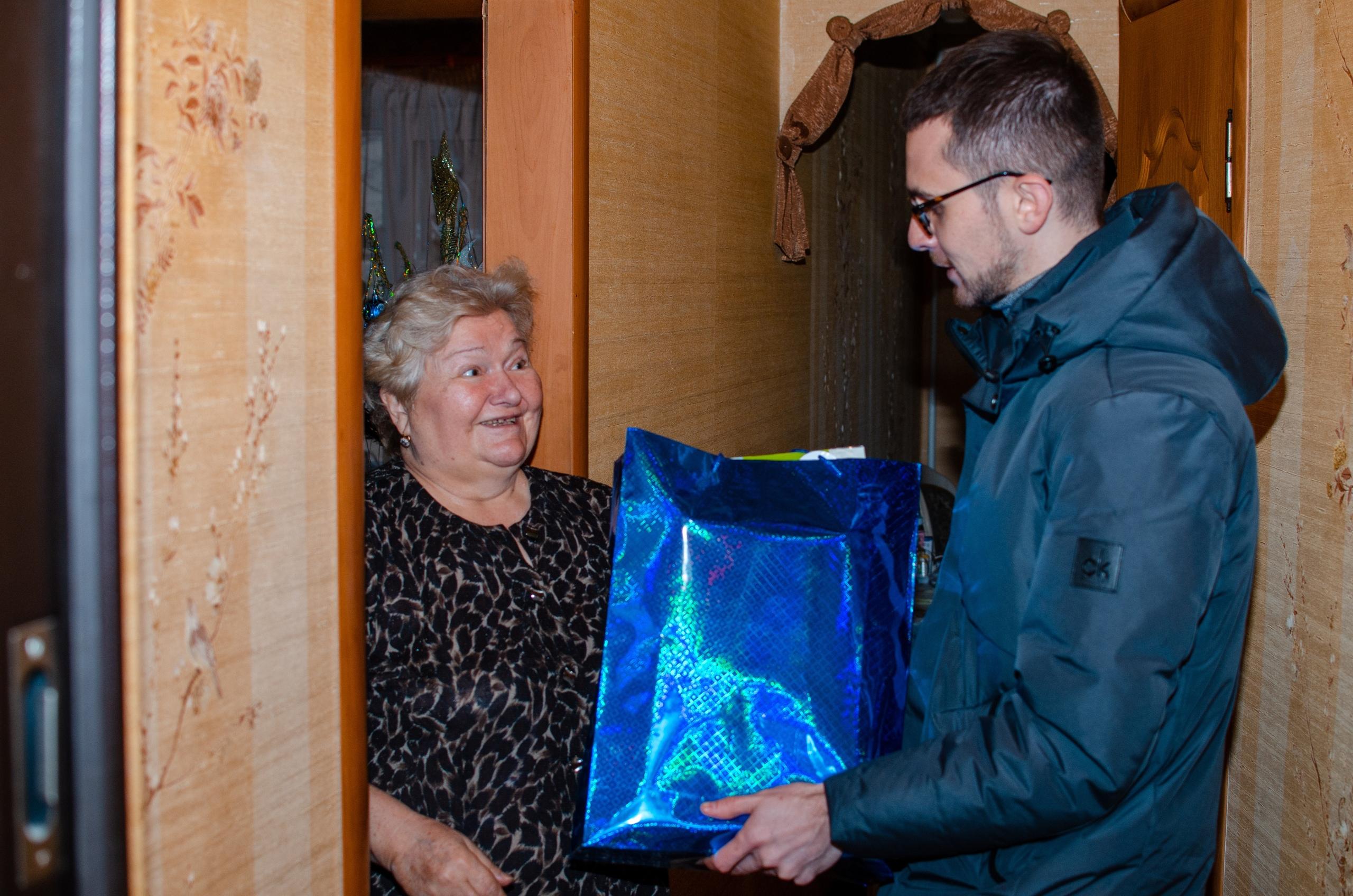 «Пивзавод «Южная Заря 1974» поздравил ветеранов производства с новогодними праздниками