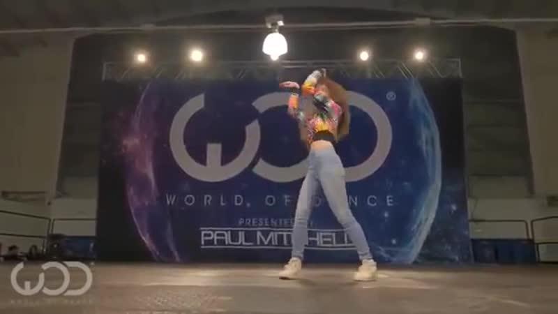 V-s.mobiДевушка круто танцует popping