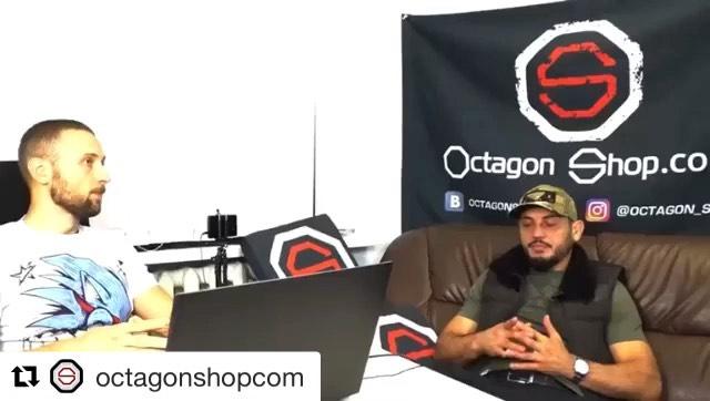 """Гаджимурад Хирамагомедов on Instagram Repost @octagonshopcom with @get repost ・・・ Ещё один крутой разбор своего боя от @charados 💪🔥 Он приехал в офис команда октагоншоп на…"""""""