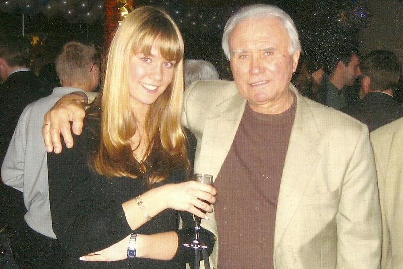 Владимир Маслаченко с внучкой Алисой