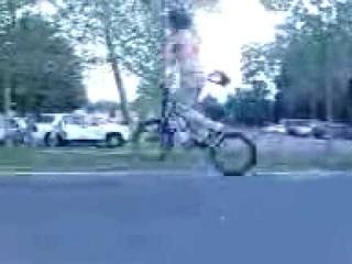 Stevie Churchill 720 hop - BMX