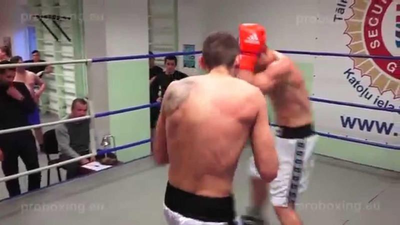 Dmitrijs Odinokijs -75,4 kg. VS Andrejs Volinčuks -74,6 kg. 10.12.2014 proboxing.eu