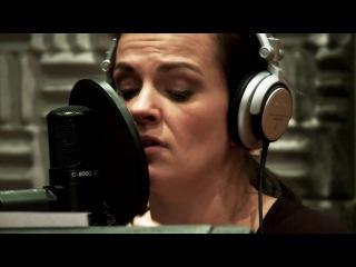 Revolverheld feat. Marta Jandov (Die Happy) - Halt Dich An Mir Fest (Studio Version)