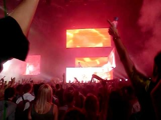 Ferry Corsten is playing System F vs. Cosmic Gate - The Blue Theme (Ferry Corsten Fix)@WKND Magic
