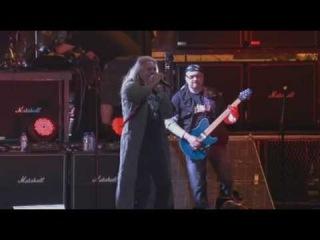 Saxon - let me feel your power ( live wacken 2007)