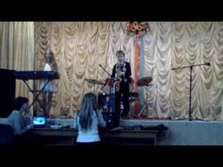 Інструментальна композиція Yesterday у виконанні Брижатого Павла саксофон і Пилипей Катерини клавішні