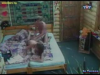 porno-video-stepi-i-aleni-vodonaevoy
