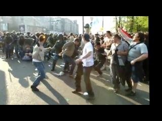 Столкновение ОМОНа и оппозиции на Болотной площади  6 Мая 2012