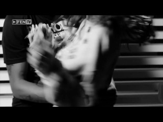 Азис и Алисия - Хей , момиче (Oficial Video 2014)