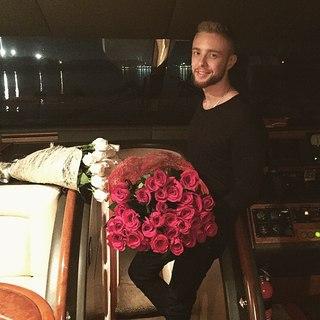 Играю в романтика...🌹