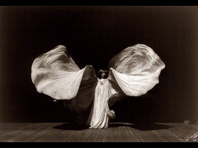 Loie Fuller the Serpentine Dance Girl