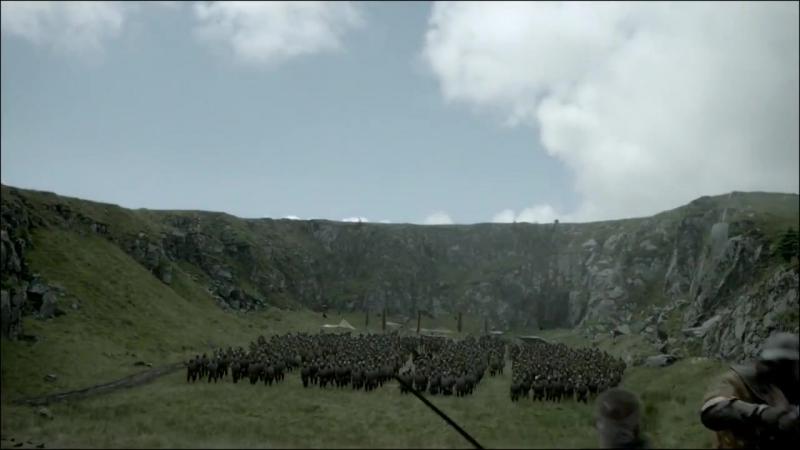 Сериал Викинги сцены с метанием копья топора и ножей