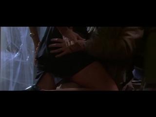Разоблачение (США.1994). Скандальная сцена....