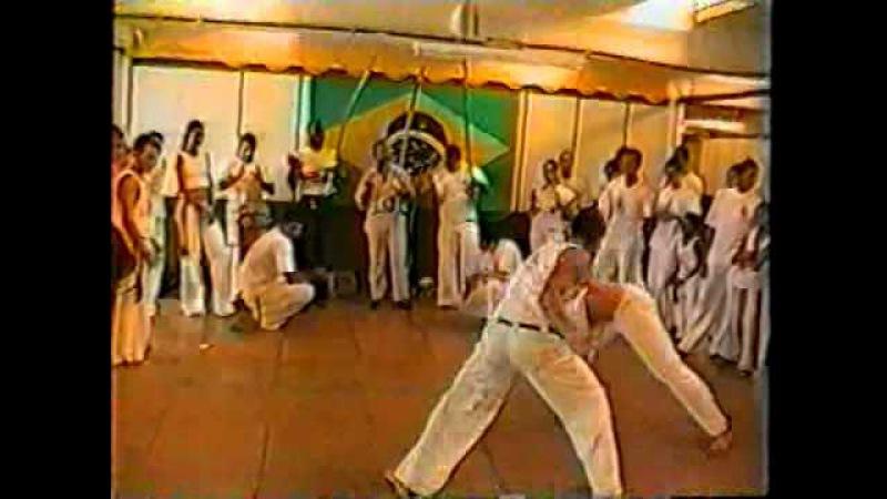 Capoeira Mestre Gato Preto Doirado da Bahia Visita Mestres Cleber e Rui 2001 Mestre Tião 03