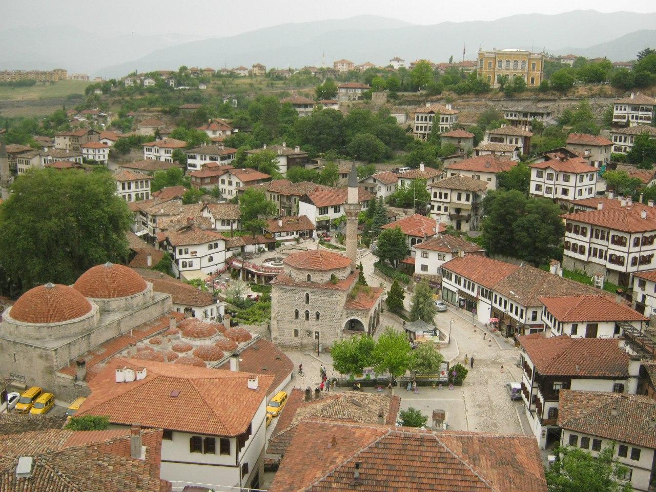 Вид на старую часть города Сафранболу