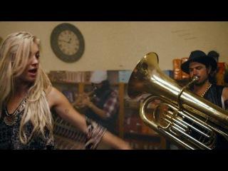 Major Lazer -  Too Original (feat. Elliphant & Jovi Rockwell) (Official Music Video)