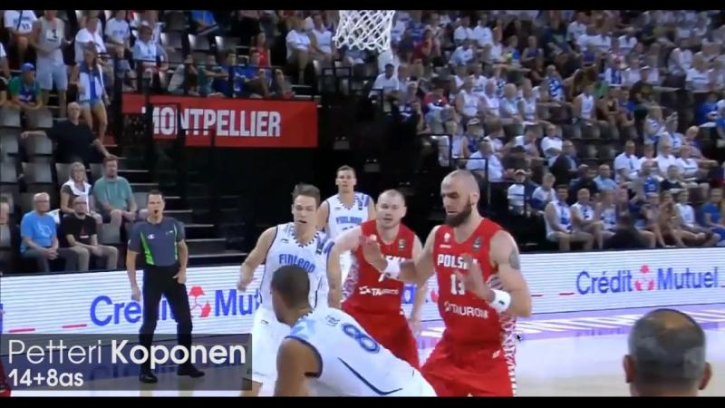 Петтери Копонен в матче с Польшей
