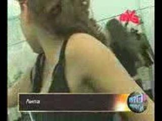 Певица Ангина показала свои буфера