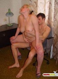 знаю, каким секс фото самые огромные сиськи в мире допускаете ошибку. Могу