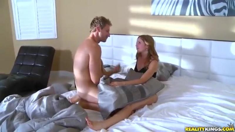 Порно военная медсестра Бритни Спирс трусики в трусиках