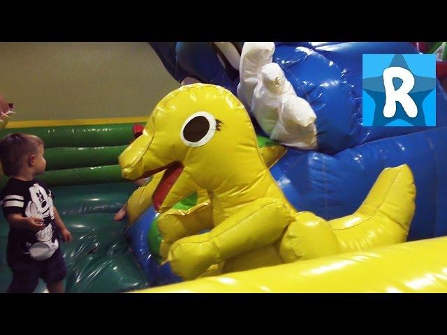 ★ Турция День 2 Едем в Развлекательный Центр Купим Хот Виллс toy store Buy Hot Wheels