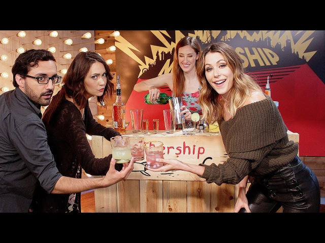 Silicon Valley's Amanda Crew Reveals Which Cast Member Has the Smelliest Farts Mothership