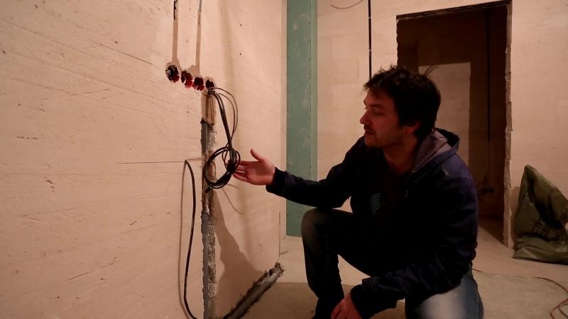 Прокладка кабельной продукции в стене, под ТВ и акустическую систему BowersWilkins, на стадии черновой отделки.