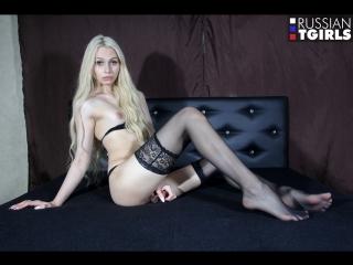 #pron kira kazanzeva / kira and her yummy cock!