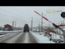 20161210 - В Сызрани бетономешалка сломала шлагбаум на железнодорожном переезде ДТП авария