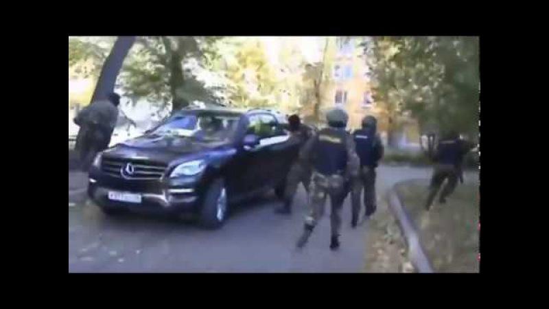 Работает СОБР задержание криминальной группировки оперативная съёмка