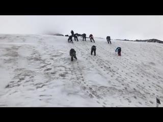 Ледово-снежные занятия перед штурмом Эльбруса