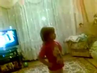 Дочка ругает маму!!=))