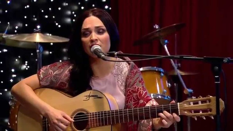 Nino Basharuli Gipsy song