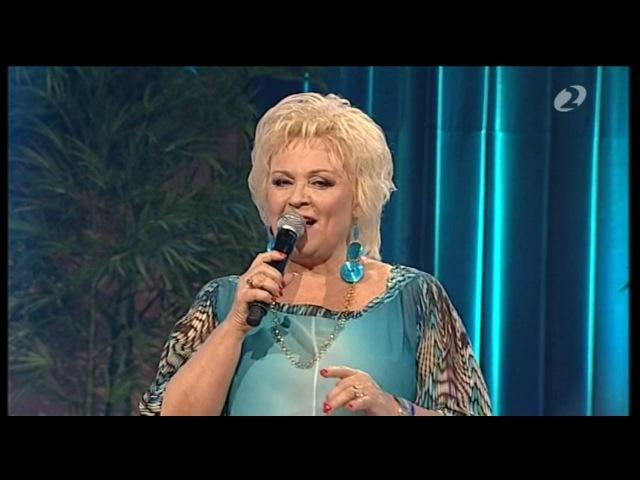 Anne Veski Lihtsalt armunud naine saates Nädalalõpp Kanal 2ga