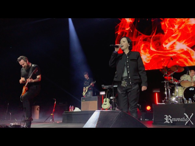 The Cranberries - Zombie (Live @ Cancun) 12.02.2017