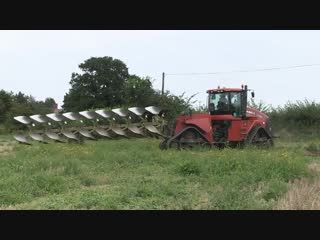 Case ih quadtrac 600 and dowdeswell plough