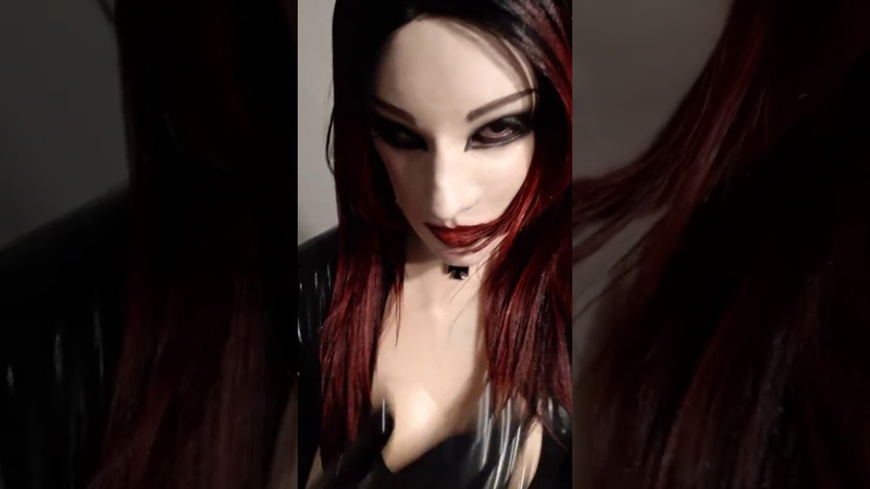 Female mask creafx Taylor and body silicone by eyung in latex dress