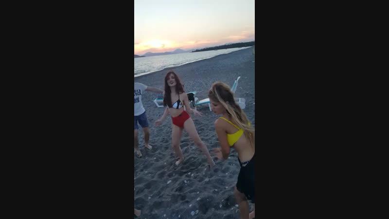 Reggaeton party in Karatash beach