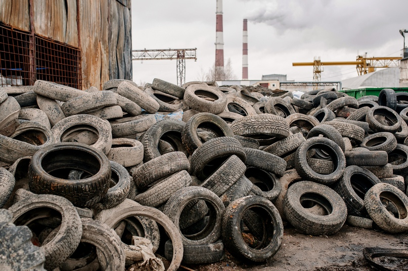 площадка по накоплению шин при заводе по переработке ГриндЭко
