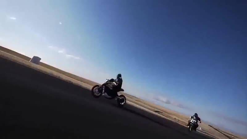 Moto tryuki Tryuki na mototsikle kotorye berut za dushu