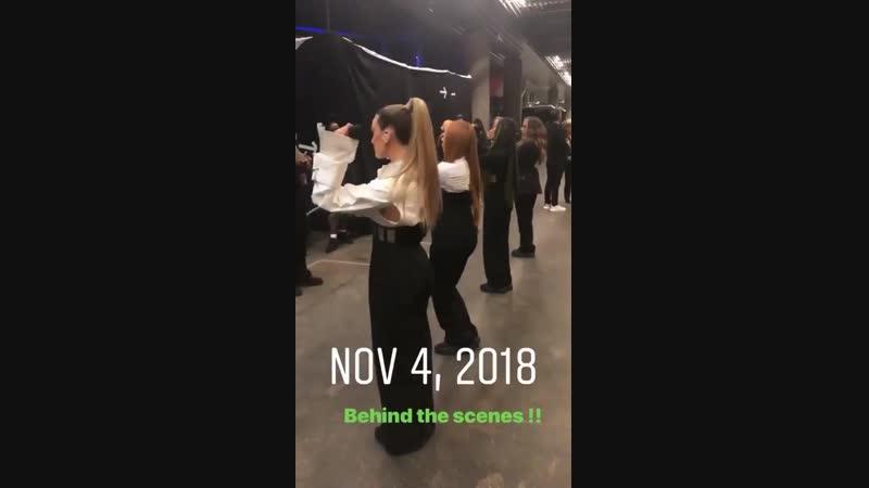 Nuevo vídeo de @LittleMix repasando la coreografía de la actuación de los @mtvema antes de ésta. Nov 4, 2018