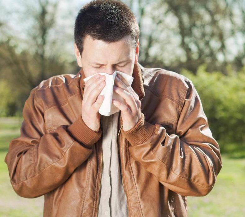 Длительное использование аппарата для вентиляции BiPAP может привести к высыханию слизистых оболочек носа.