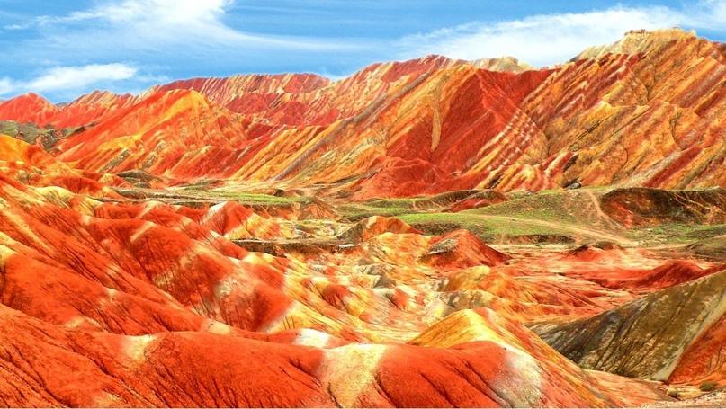 Китай: цветные горы Чжанъе-данься, изображение №5