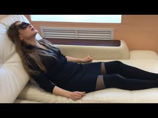 оргазм в одежде видео ролики представлены