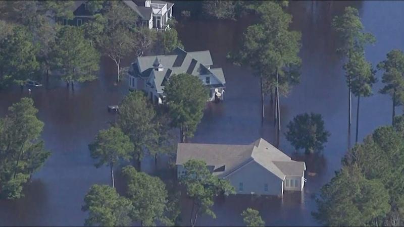 Наводнения торнадо и затопленные дороги в США 37 человек погибли от урагана Флоренс