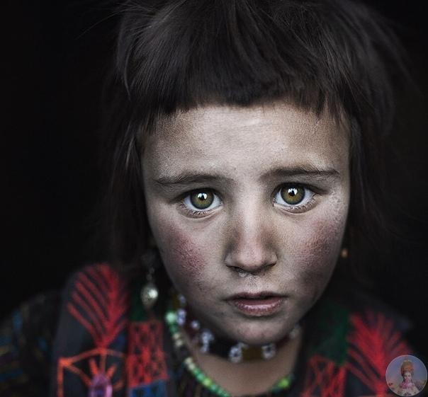 Красота народов востока в объективе Алесандро Бергамини